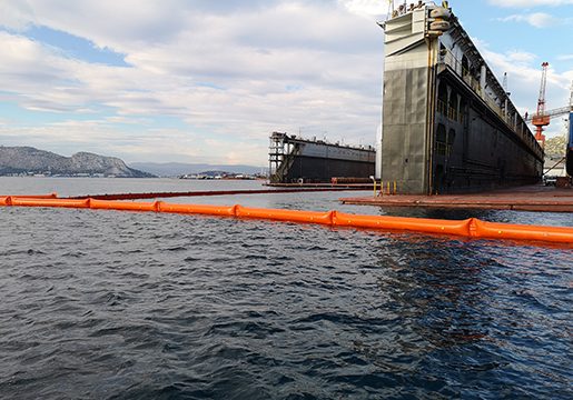 oil containment booms inflatable